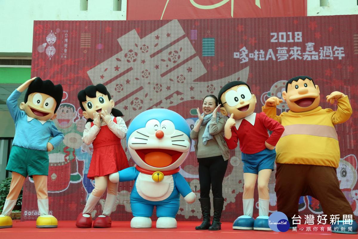 重現漫畫經典場景 哆啦A夢家族齊聚台灣燈會賀新年