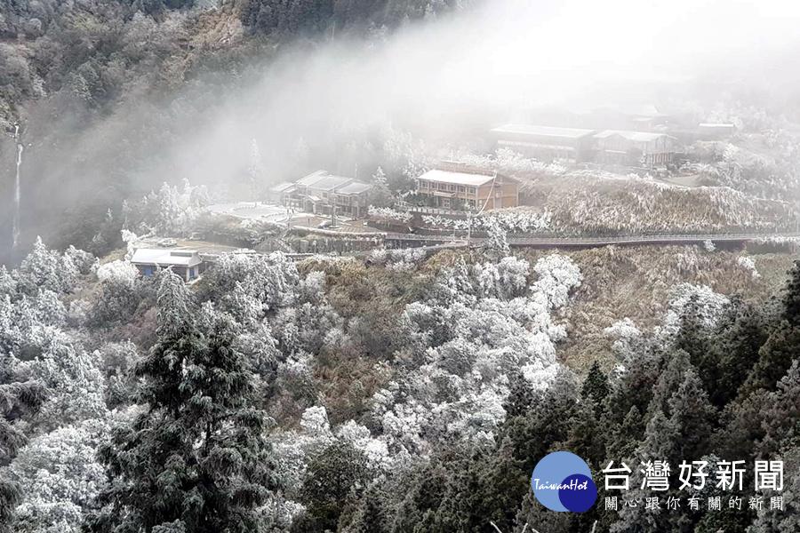 冰封太平山路 國家森林遊樂區啟動交管並調整入園時間_