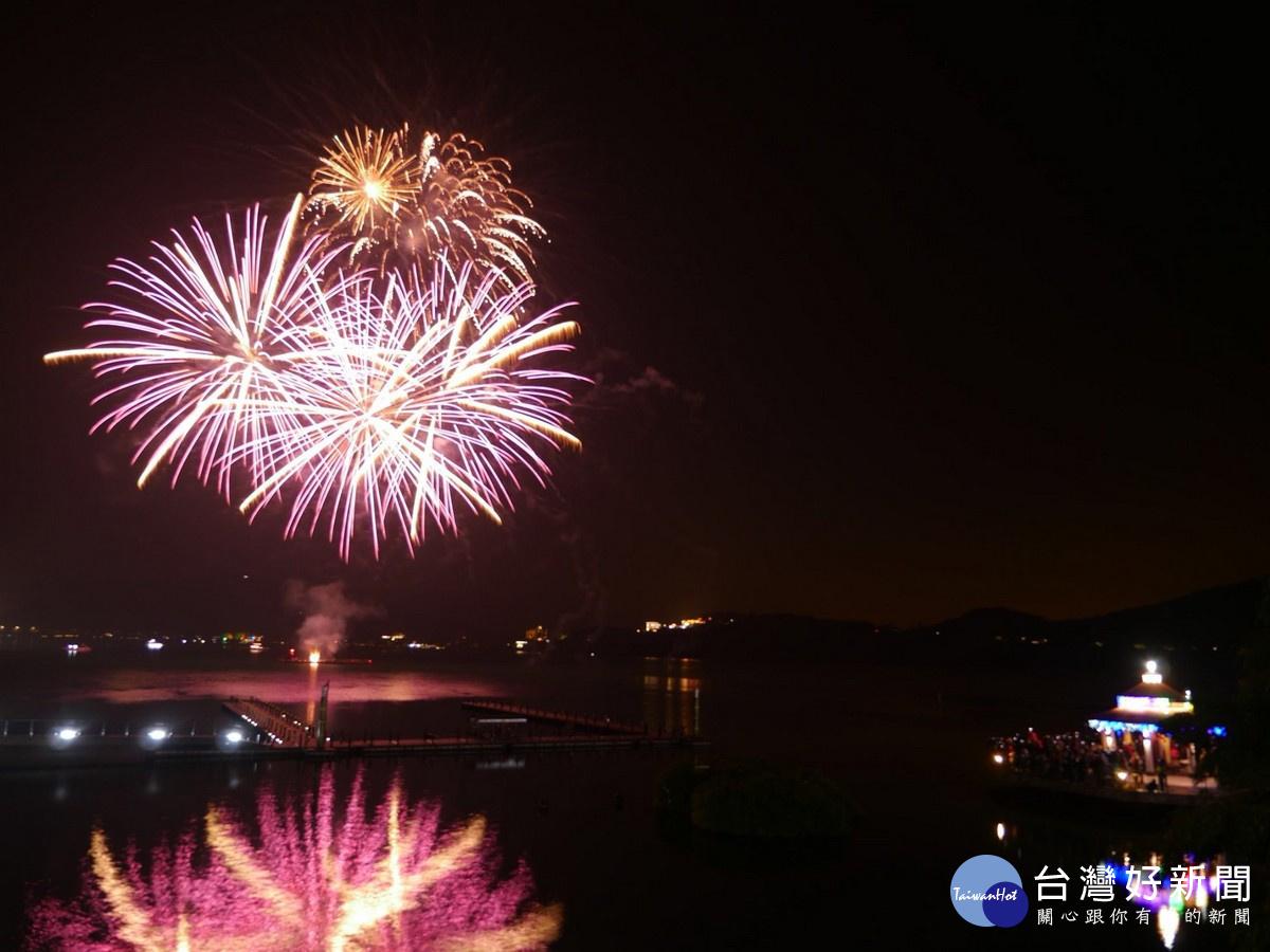 日月潭花火音樂會 看見台灣新希望