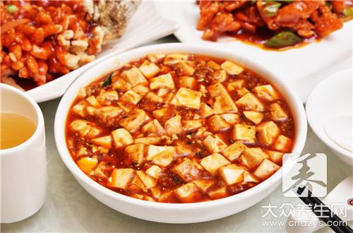 豆腐白菜燉粉條