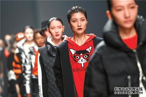 時裝周吸引全球時尚界目光