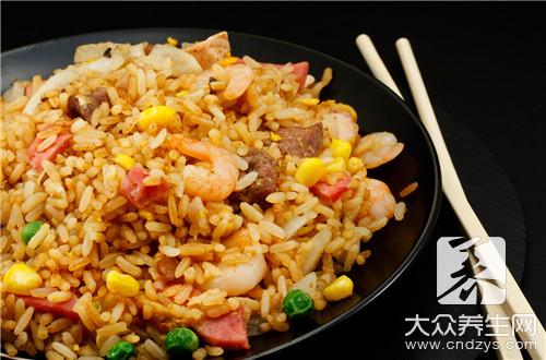 排骨蒸米飯