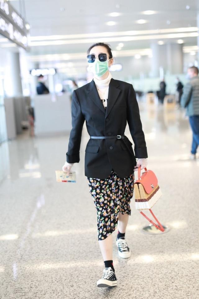 王麗坤要引領機場時尚!