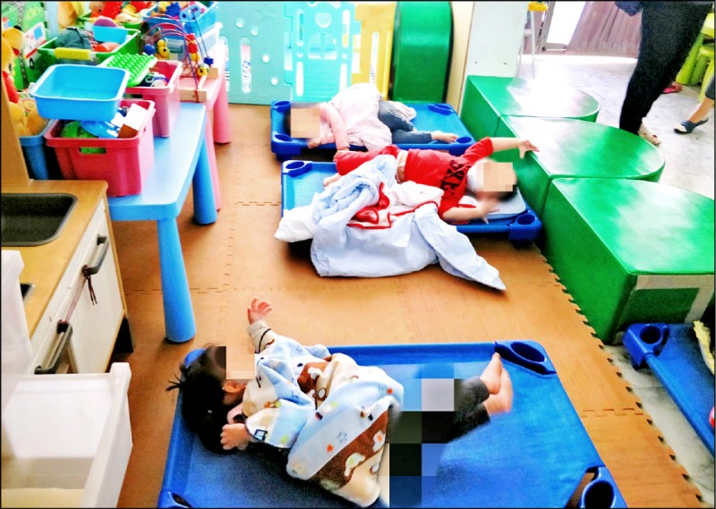 無照保母顧8名嬰幼兒 挨罰6萬_桃園機場接送
